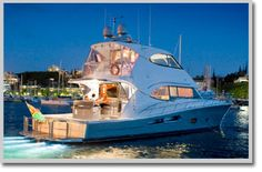 Riviera Yachts - Enclosed Flybridge 70