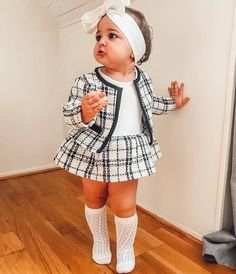 Adorable Outstanding Toddler Girl Fall Outfit Ideas To Look Cute Now Baby Outfits, Toddler Fall Outfits Girl, Girls Fall Outfits, Plaid Outfits, Cute Girl Outfits, Little Girl Outfits, Little Girl Fashion, Baby Girl Dresses, Toddler Fashion