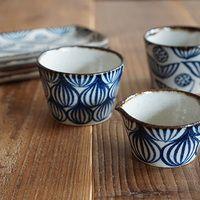 いつもの食卓にプラスして。ほっこりとした紋様が可愛らしいキカキカクの器