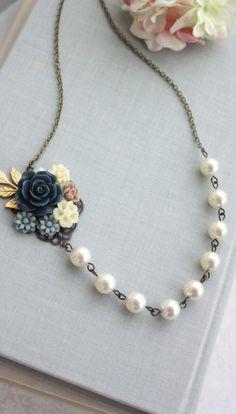 Vintage inspired necklace