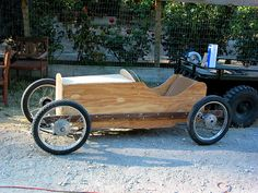 "DIY Cyclekart= A one-seat car using Honda 17""x 1 3/4"" or 2"" rims, 2.50 x 17"" tires (2.75's have been used on the Alfa), a 38"" track, wheelbase as close to 66"" as the aesthetics of the car will allow (err on the shorter side for more abstract cuteness and general attractiveness), weight no more than 250lbs , and powered by a 200cc, single cylinder, 6.5 hp Honda OHV engine (the GX200). A Cyclekart should not cost more than 1750 bucks to build..."