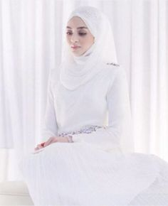 simply white beauty elegant