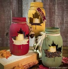 Leaf-Stenciled-Chalkboard-Paint-Mason-Jar-Candle-Holders-550x554
