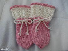 Vauvan lapaset Knit Crochet, Crochet Hats, Knitting Socks, Knit Socks, Baby Knitting Patterns, Handmade Art, Fun Projects, Mittens, Ravelry