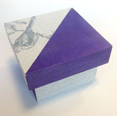Pack cajas de madera 1/4 decorada con pintura y papel de scrapbook. #madera #crafts #woodbox #manualidades #paint #pintura