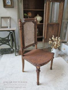 Shabby Chic Style, Dining Chairs, Antiques, Furniture, Home Decor, Atelier, Arts And Crafts, Antiquities, Antique