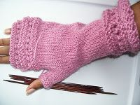 Love these fingerless mitts