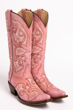Cowgirl Boots - Need New Shoes But Don't Know How To Start? Pink Cowgirl Boots, Pink Boots, Western Boots, Black Boots, Cowboy Boots, Gypsy Cowgirl, Wedding Boots, Shoe Wardrobe, Country Fashion