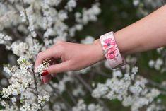 Βραχιόλι πλατύ ξύλινο, vintage, απαλό ροζ Cuff Bracelets, Vintage, Jewelry, Fashion, Moda, Jewlery, Jewerly, Fashion Styles, Schmuck