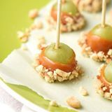 Made these Caramel Apple Grapes again after far too long. And I might have eaten 30. Okay, 29. Maybe.