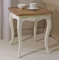 Mesa de rincon bicolor Vintage Paris Material: Madera Tropical Esta coleccion esta inspirada en el mueble clasico frances Louis XV. En su proceso de acabado artesanal, y con la finalidad de asemejar el transcurso del tiempo, se utiliza la tecnica del
