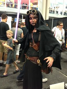 She ROCKED the Sith cosplay. #SLCComicCon