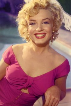Marilyn Monroe Smile PosterFosterginger.Pinterest.ComMore Pins Like This One At FOSTERGINGER @ PINTEREST No Pin Limitsでこのようなピンがいっぱいになるピンの限界