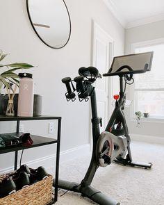 Diy Home Gym, Gym Room At Home, Home Gym Decor, Home Gyms, Workout Room Home, Gym Interior, Interior Design, Bike Room, Home Gym Design