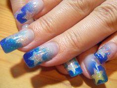 Blue & silver star nail art design LunaRip~ These are Pretty Cool :) Star Nail Art, New Nail Art, Easy Nail Art, Cool Nail Art, Art Nails, Nail Art Designs, Nail Art Design Gallery, Airbrush Nail Art, Airbrush Designs