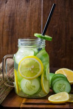 healthy ways to flavor water