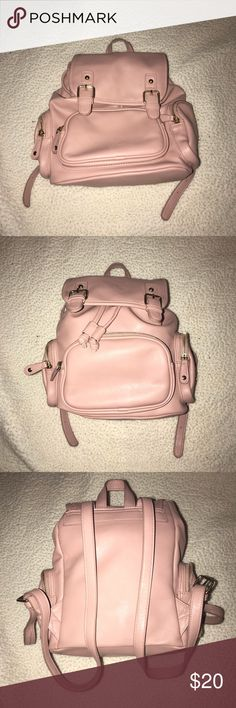 FOREVER 21 Blush Pink Midi Backpack. It's blush pink! Not too big not too small. Has 5 pockets and really hard to find in Forever 21 stores. *Pics show bag full and empty. Forever 21 Bags Backpacks