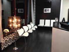 Salon decor  love the lamp!!
