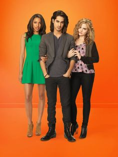 Twisted ABC Family   Promo   Kylie, Avan, and Maddie