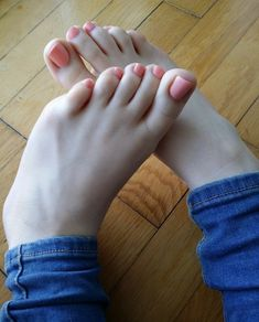 Nice pink toenails