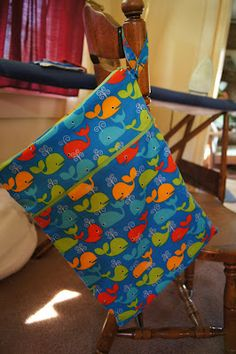 Pineapple Mama: Wet and Dry Bag Tutorial with 2 zipper compartments, brillant for cloth diapering!