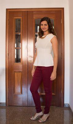 Blusa peplum com calça burgundy / Peplum blouse and burgundy pants