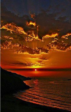 Beautiful World, Beautiful Places, Beautiful Pictures, Amazing Sunsets, Amazing Nature, Landscape Photography, Nature Photography, Photography Jobs, Beautiful Sunrise