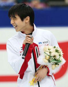 羽生、町田が初舞台へ抱負/フィギュア  http://www.nikkansports.com/sports/figure/alljapan2013/news/f-sp-tp0-20131223-1235180.html  男子で五輪初出場となる羽生結弦(19=ANA)と町田樹(23=関大)は、リンク上で行われた代表発表セレモニーで初々しく五輪に向けた抱負を語った。   日本の新エースとして金メダルに挑む羽生は「五輪の切符を手に入れられてうれしい。緊張すると思うが、一生懸命頑張ってきたい」と大観衆を前に誓った。
