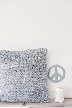 Forever Love Knitted denim pillow made from 3 pairs of old jeans Small Cushions, Cushions On Sofa, Bed Pillows, Textiles, Contemporary Cushions, Recycled Denim, Gray Interior, Home And Deco, Floor Rugs