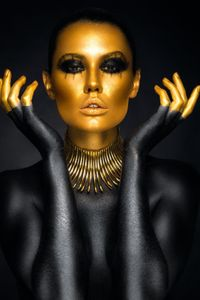 Black Gold Art Woman Oil Painting on Canvas Cuadros Posters and Prints Scandinavian Wall Art Picture Modern Home Decoration Woman In Gold, Gold Girl, Woman Painting, Oil Painting On Canvas, Adriana Duque, Body Image Art, Black Colour Background, Black Colors, Cobra Art