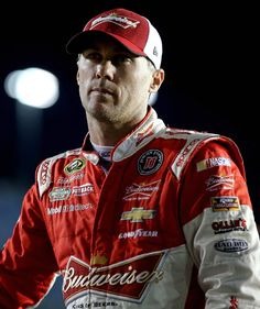 Kevin Harvick Photos Photos - Kevin Harvick, driver of the #4 Budweiser/Jimmy…