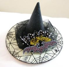 Make these Glittery Witch Hats with a paper plate and a party hat. Description from pinterest.com. I searched for this on bing.com/images