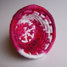 Woven Yarn Basket - Happy Hour Projects http://happyhourprojects.com/woven-yarn-basket/