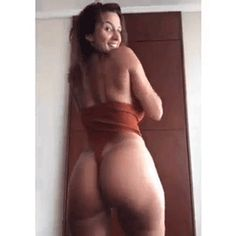Curvy, busty, and seductive women that will have jaws on floors Sexy Bikini, Bikini Girls, Girls Tumbler, Seductive Women, Ideal Body, Sexy Gif, Beach Girls, Girl Gifs, Beautiful Legs