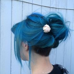 hey if you have ig, comment down below! mine is: httpsemms Dye My Hair, New Hair, Peinados Pin Up, Coloured Hair, Mermaid Hair, Crazy Hair, Rainbow Hair, Grunge Hair, Green Hair