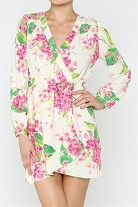 This darling spring wrap dress has floral print with long sleeves and elastic waistband to cinch your figure.