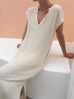 knit dress Fashion Gone rouge Looks Street Style, Looks Style, Look Fashion, Womens Fashion, Fashion Design, Dress Fashion, Fashion Clothes, Fashion Outfits, Fashion Trends