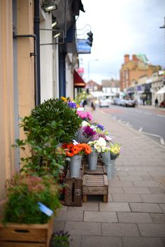 Check out our Shopping Guide to Wimbledon Village over on the blog http://loblerdelaney.co.uk/shopping-guide-wimbledon-village/