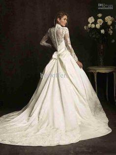 Lace sleeves wedding gown . #Lace #Weddingdress #Longsleeve