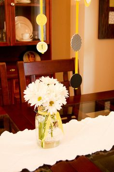Bumble Bee decorations...Possibly use artificial dasies as Spelling Bee centerpieces...just an idea!