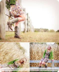 senior pictures cowboy boots