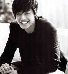 Kim Hyun Joong!! The man with the MOST BEAUTIFUL SMILE! <3 <3 <3 (seriously, it's not an overstatement...)