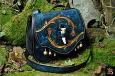 Art Photo gallery of « Les Cuirs de Belfeuil Leather Gifts, Leather Bags Handmade, Leather Pouch, Leather Craft, Leather Purses, Leather Accessories, Fashion Accessories, Steampunk Accessoires, Leather Carving