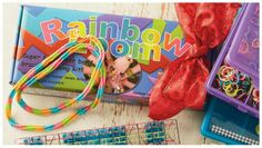 Rainbow Loom, Heidi Klum is showing off a beautiful bracelet that might have been made by Rainbow Loom, Dutchess of Cambridge Kate Middleton with Rainbow Loom on her hand Rainbow Loom Patterns, Rainbow Loom Bands, Tween Girl Gifts, Rubber Band Bracelet, Top Toys, Best Christmas Gifts, Rubber Bands, Rainbow Colors