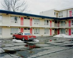 Alec Soth, Fairway Motor Inn, 2005