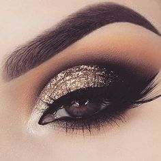 Glam eyeshadow Heavy glam – blend of warm and cool toned brown eyeshadow with gold cut crease and winged eyeliner. Glam eyeshadow Heavy glam – blend of warm and cool toned brown eyeshadow with gold cut crease and winged eyeliner. Red Eye Makeup, Glitter Eye Makeup, Eye Makeup Brushes, Makeup Eye Looks, Colorful Eye Makeup, Eye Makeup Remover, Smokey Eye Makeup, Eyeshadow Makeup, Eyeshadow With Glitter