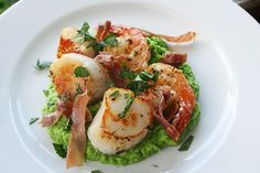 Scallops and bacon