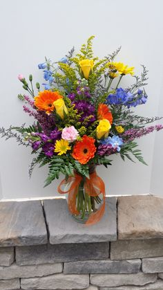 Установка Вазы, Цветочные Вазы, Фиолетовые Цветы, Весенние Цветы, Цветочное Искусство, Красные Розы, Красивые Цветы, Фиолетовые Цветочные Композиции, Тропические Цветы