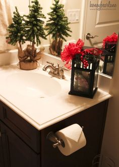 The Best Christmas Bathroom Decor Ideas For This Winter - Christmas occasions are practically here and individuals have just begun getting ready to get this extraordinary occasion in their home by decorating . Christmas Bathroom Decor, Christmas Towels, Indoor Christmas Decorations, Christmas Centerpieces, Christmas Home, Christmas Ideas, Christmas Things, Country Christmas, Christmas Projects