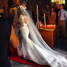 Top Ten Tips for Perfect Wedding Day Food - Put the Ring on It Dream Wedding Dresses, Wedding Gowns, Bridal Veils, Wedding Dress Veil, Zulu Wedding, Wedding Ceremonies, Boho Wedding, Wedding Hair, Bridal Hair